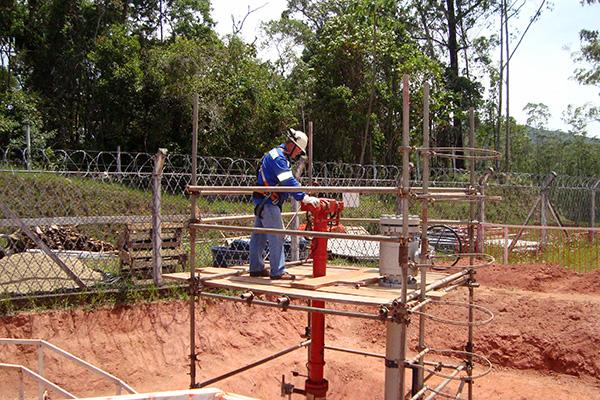 Trepanação no gasoduto Gasbol